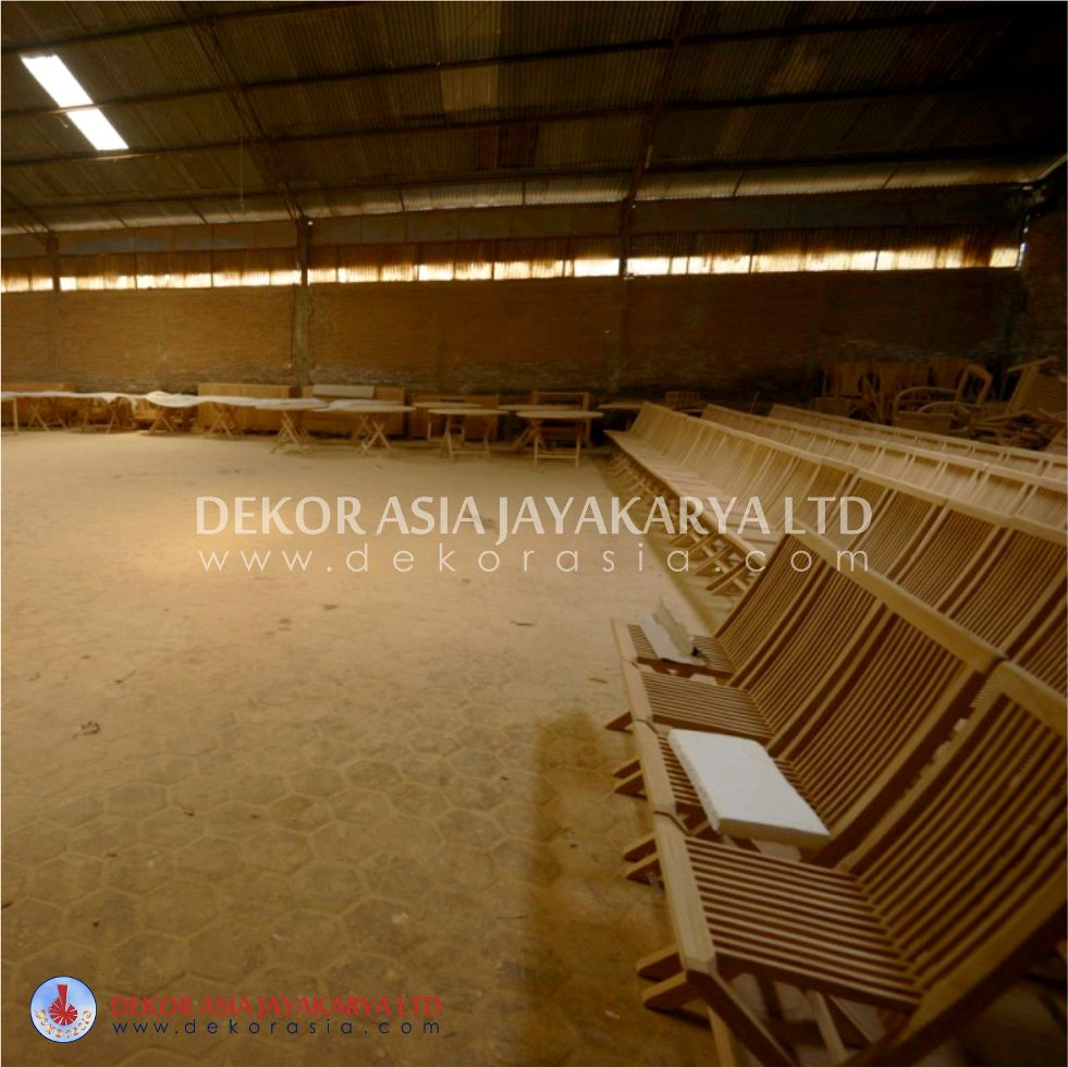 Factory for Machine made outdoor and indoor furniture in Jepara - Central Java Indonesia